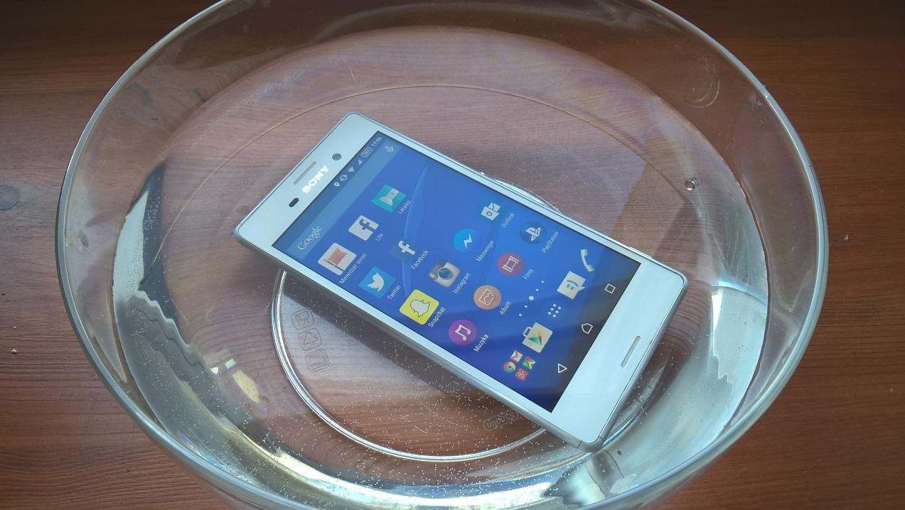 Już wiem czemu wszystkie telefony POWINNY być wodoszczelne!
