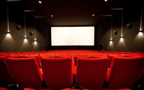 3 sposoby jak odpowiednio się przygotować na maraton filmowy