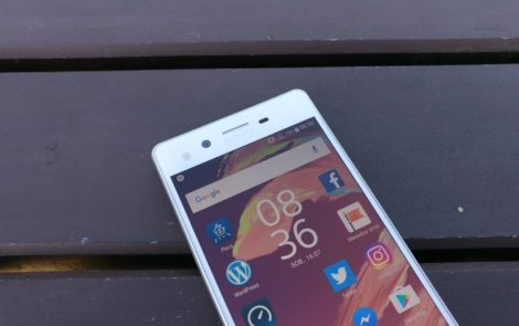 Czy Xperia X (oraz inne smartfony) powinna być wodoszczelna?
