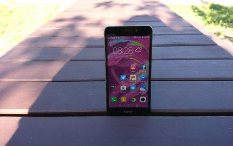 Honor 7 Lite to najładniejszy smartfon tej marki, a to nie jedyna jego zaleta [Test]