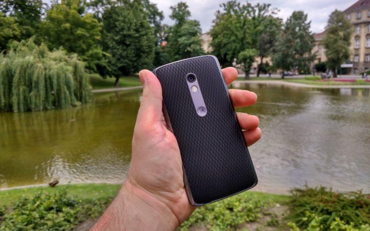 Lenovo Moto X Play to świetny przykład odmiennego podejścia do rynku [Pierwsze Wrażenia]