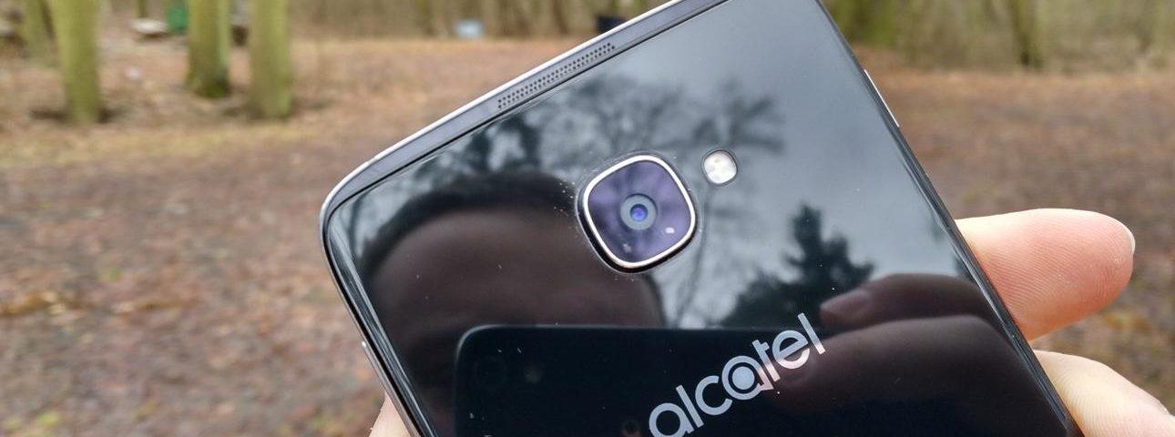 Alcatel Idol 4S to świetny telefon, ale czy warto dopłacać do czwórki?